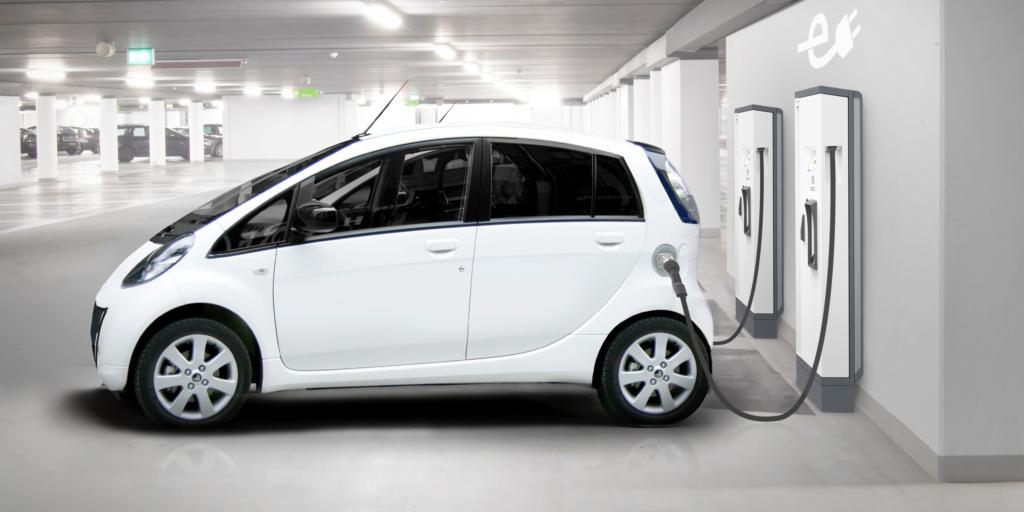 voitures electriques offres recharge adaptees 9wt industrie turbo magazine. Black Bedroom Furniture Sets. Home Design Ideas
